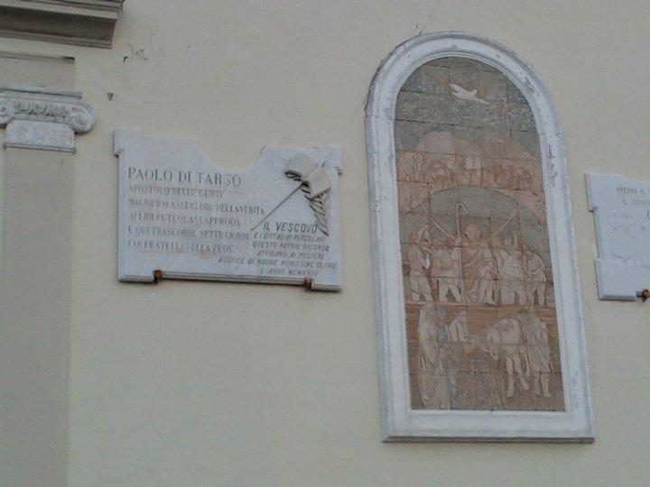 Sulle tracce della chiesa delle origini fede e napoli for Piani di casa del revival greco
